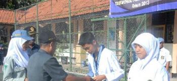 Berita Nano Caesario Juara TAEKWONDO JATIM 2013 SMK Negeri 1 Purwosari