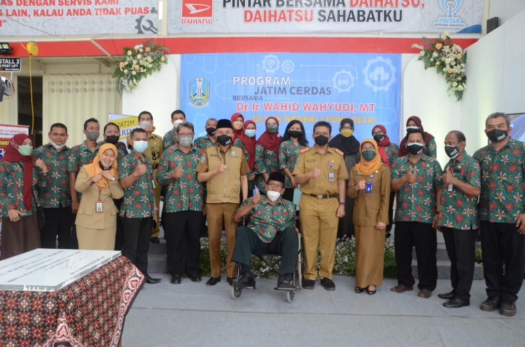 Program Jatim Cerdas bersama Dr. Ir. Wahid Wahyudi MT di SMKN 1 Purwosari SMK Negeri 1 Purwosari
