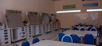 Pneumatic dan elektronik industri SMK Negeri 1 Purwosari