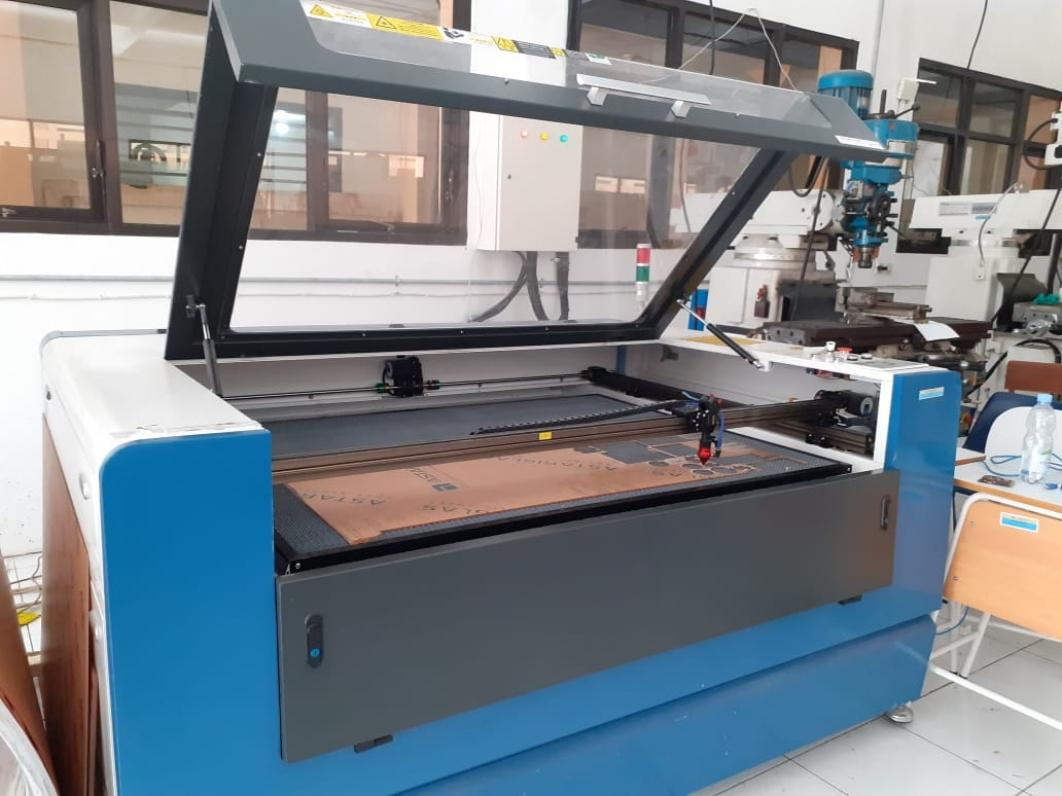 Laser Cutting SMK Negeri 1 Purwosari